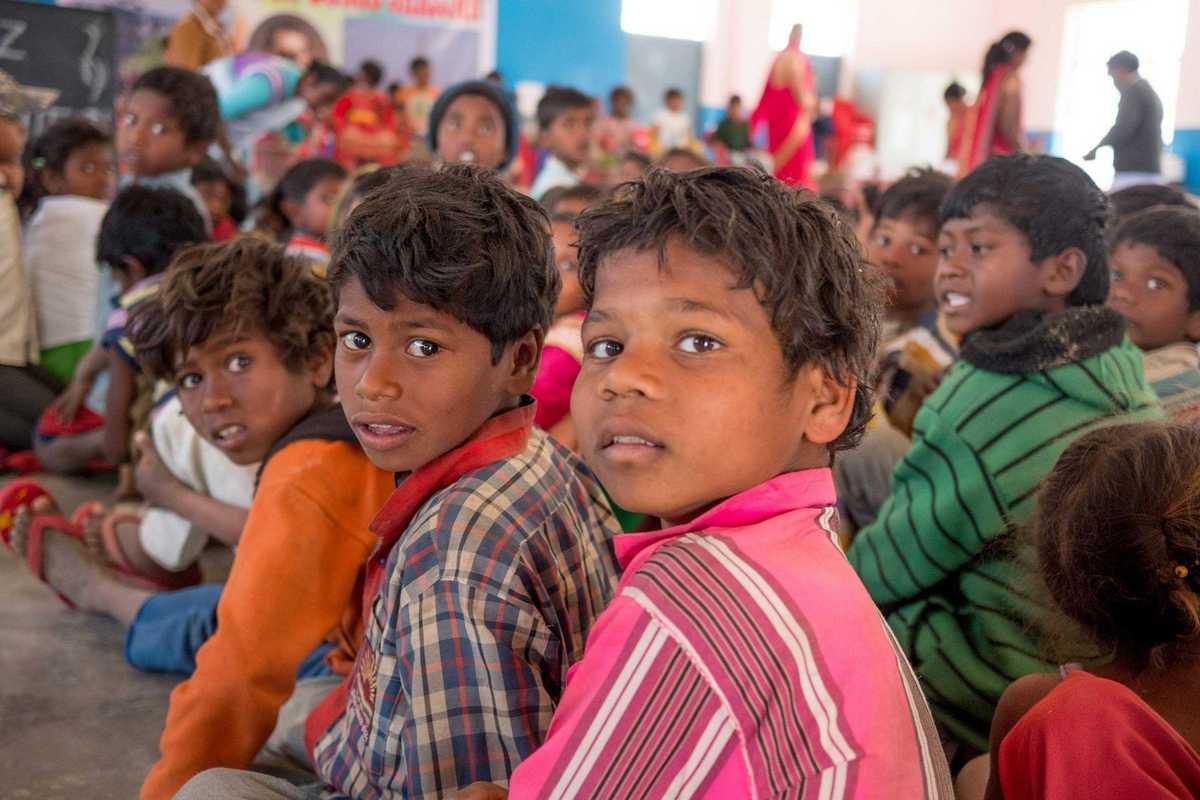 Ziegelkinder in einer Don Bosco Schule