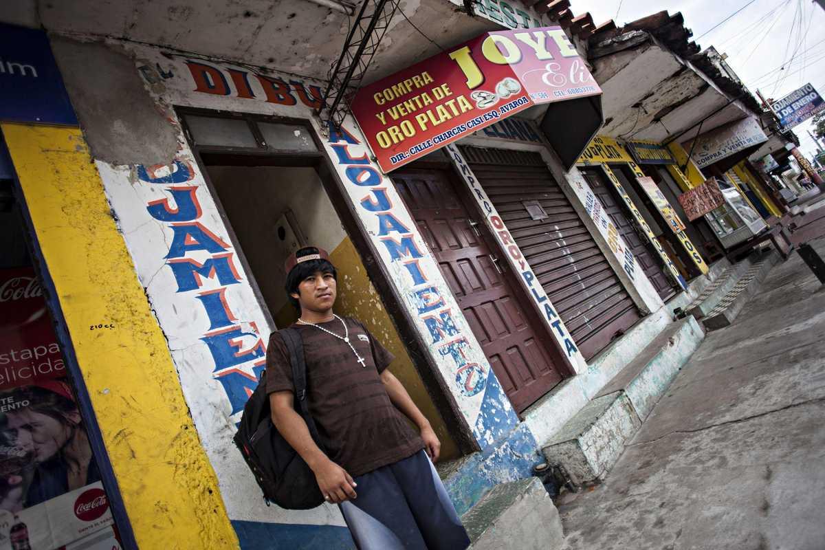 Armando auf den Straßen von Santa Cruz
